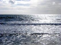 Silbernes Meer Stockfotografie