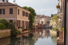 Sile flod i mitt för Treviso ` s Arkivfoton