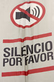 Silence please sign. In Spanish displayed in Miraflores - Lima, Peru royalty free stock images