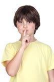 Silencio que ordena del niño adorable Imagen de archivo