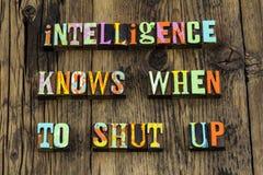 Silencioso esperto inteligente do conhecimento da sabedoria da inteligência fechado acima fotografia de stock