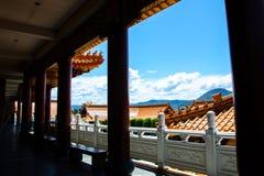 Silhouet bij Gang van Nan Tien Temple met mooie blauwe hemelmening, in Berkeley, Nieuw Zuid-Wales royalty-vrije stock foto's