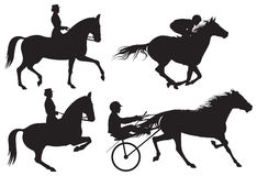 Silhouet de los caballos y de los jinetes del deporte ecuestre Fotografía de archivo libre de regalías