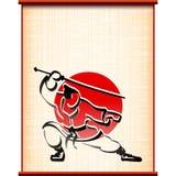Silhouet dell'inchiostro di posizione di combattimento di katana della pergamena del fondo del samurai Fotografia Stock