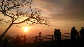 Silhouet e a luz do sol são manhã Imagens de Stock Royalty Free