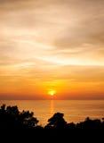 Silhouet met kleur van de zonsondergang Royalty-vrije Stock Afbeelding