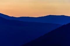 Silhouet van bergen Stock Afbeeldingen