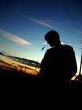 Silhouet van een kerel Stock Afbeeldingen