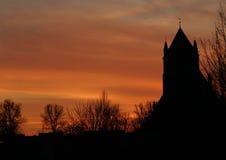 Silhouet van een kerk royalty-vrije stock fotografie