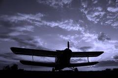 Silhouet van een vliegtuig Stock Fotografie