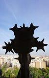 Silhouet van het Sagrada FamÃlia beeldhouwwerk Stock Foto's