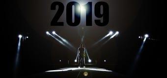 Silhouet van Mannelijk rand 2019 gelukkig nieuw jaar royalty-vrije stock afbeeldingen