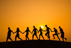Silhouet van Mensen op de Heuvel Royalty-vrije Stock Fotografie
