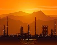 Silhouet van olieraffinaderij of chemische installatie Royalty-vrije Stock Afbeelding