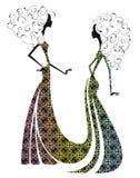 Silhouet van twee mooie meisjes. Stock Afbeeldingen
