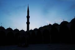 Silhouet van werf van Blauw moskeeSilhouet royalty-vrije stock foto