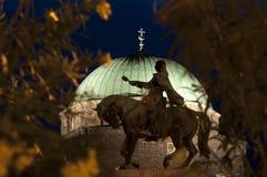 Silhouet voor een Moskee Stock Foto's