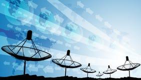 Silhouete der Satellitenschüssel mit grafischem Hintergrund Stockfoto