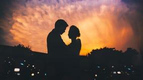 Silhouetpaar royalty-vrije stock afbeeldingen