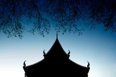 Silhouett del ramo e del tempio Immagini Stock