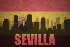Silhouette abstraite de la ville avec le texte Séville au drapeau d'Espagnol de vintage Images libres de droits
