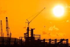 Silhouette av konstruktionslokalen Arkivfoto