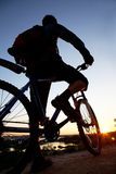 Silhouette of bicycle on sunrise Royalty Free Stock Photos