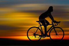 Silhouette of bicyclist Royalty Free Stock Photos