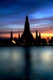 Silhouette d'architecture thaïlandaise Images stock