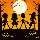Silhouette d'enfants de Halloween Photographie stock
