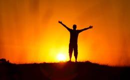 Silhouette d'homme de liberté Photo stock