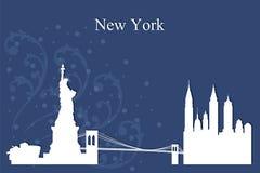 Silhouette d'horizon de New York City sur le fond bleu illustration de vecteur