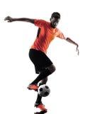Silhouette d'isolement par homme de footballeur Images libres de droits