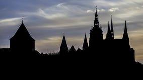 Silhouette d'obscurité de St Vitus Cathedral photo stock
