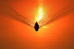 Silhouette d'un pêcheur dans un bateau Photographie stock libre de droits