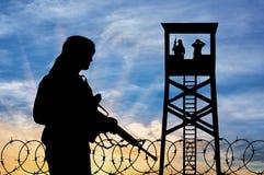Silhouette d'un terroriste images libres de droits