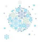 Silhouette de boule accrochante constituée par des flocons de neige Photos libres de droits