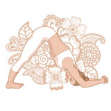 Silhouette de femmes Pose de yoga de dauphin Ardha Pincha Mayurasana illustration libre de droits
