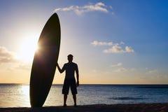 Silhouette de l'homme avec le panneau de palette Photos stock