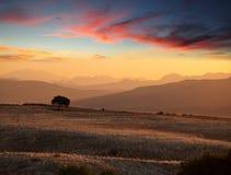 Silhouette de montagnes Image stock