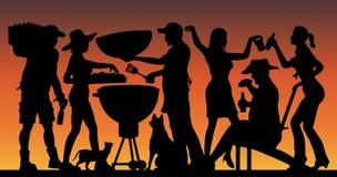 Silhouette de partie de BBQ de Memorial Day devant le coucher du soleil illustration stock