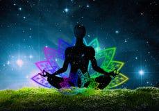 Silhouette de pose de yoga Photos libres de droits