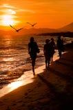 Silhouette de quatre jeunes femmes Photo libre de droits