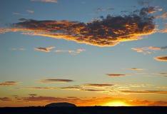 Silhouette de roche d'Ayers Photos libres de droits