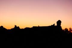 Silhouette de Roque Nublo dans mamie Canaria Image stock