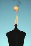 Silhouette de torche de Tiki Photo stock