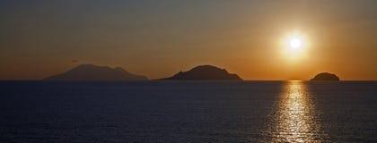 Silhouette des montagnes images libres de droits