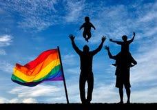 Silhouette des parents gais heureux Images libres de droits