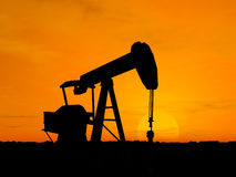 silhouette för oljepump Fotografering för Bildbyråer