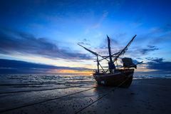 Silhouette of fishermen with sunrise Royalty Free Stock Photos
